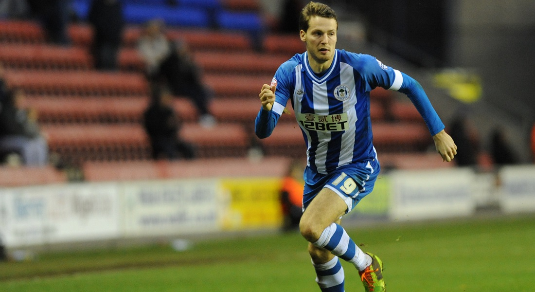 Picture by Alan Wright/Focus Images Ltd 07733 196489 01/12/2013 Nick Powell of Wigan Athletic during the match against Derby County in the Sky Bet Championship at the DW Stadium, Wigan.