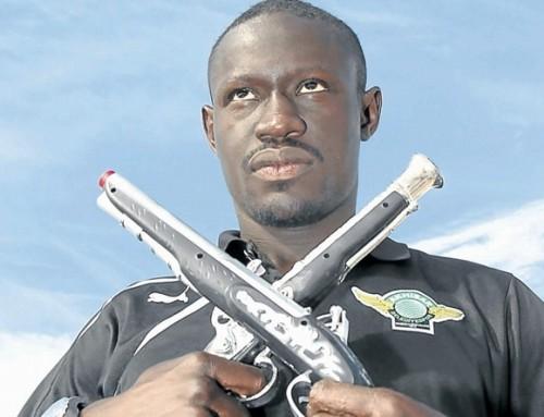 Oumar Niasse zawieszony za symulowanie!
